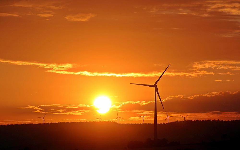Enel no venderá electricidad a mineros