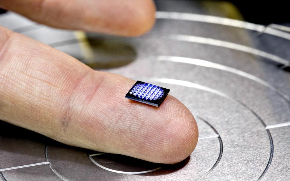 El chip mas pequeño de IBM para blockchain