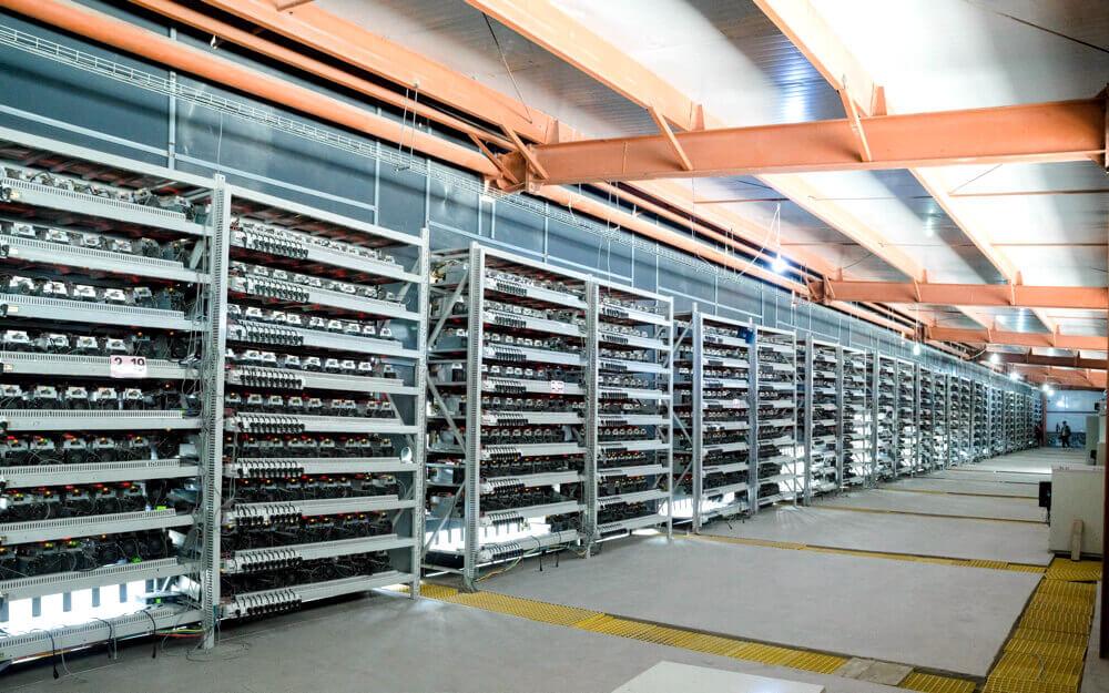Robo de equipo de minería para criptomonedas en islandia