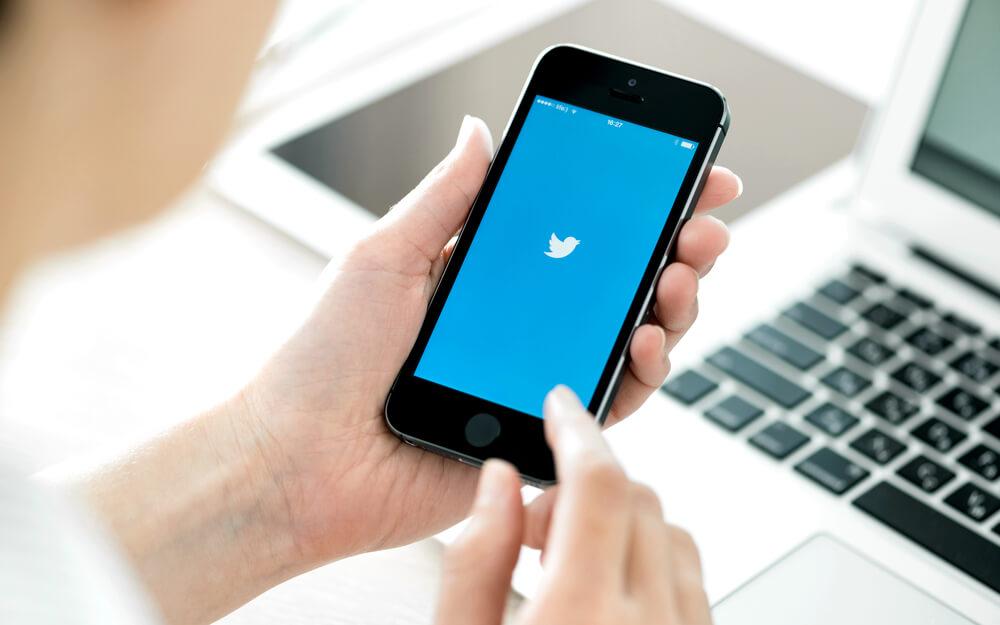 Twitter prohíbe finalmente hoy las criptomonedas en sus anuncios