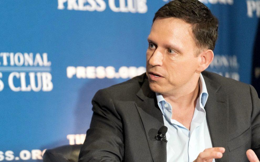 Peter Thiel sigue invirtiendo en Bitcoin