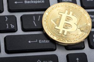 Buterin habla acerca de los ETF de Bitcoin y Ethereum